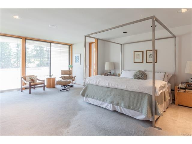 - Master Suite looking toward private Terrace
