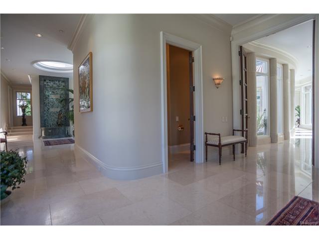 - Hallway to Rotunda