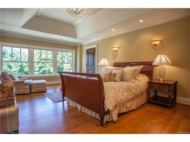 - 3rd Bedroom