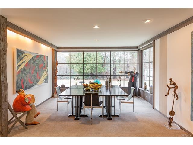 - Family Room informal dining space