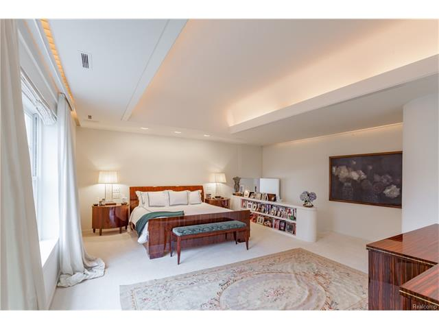 - Master Suite with barrel coved ceiling