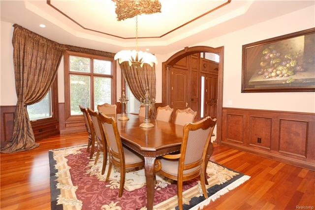 - 15aa    Formal dining Room    Orchard Ridge 5249 august_20.JPG
