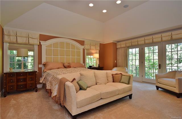 - owners suite.JPG