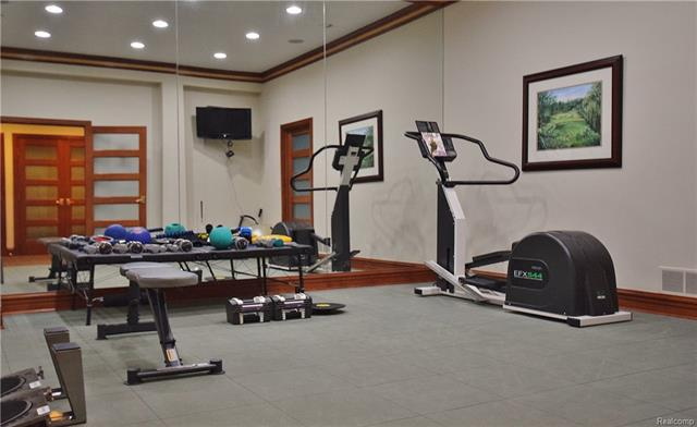 - lower gym.JPG