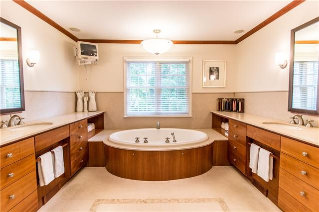 - Master bath