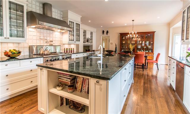 - Kitchen view to breakfast area