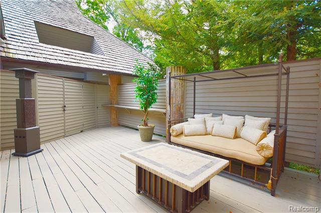 - Deck off of master with large seating area