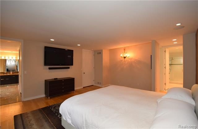 - Master suite with 2 individual baths & WIC