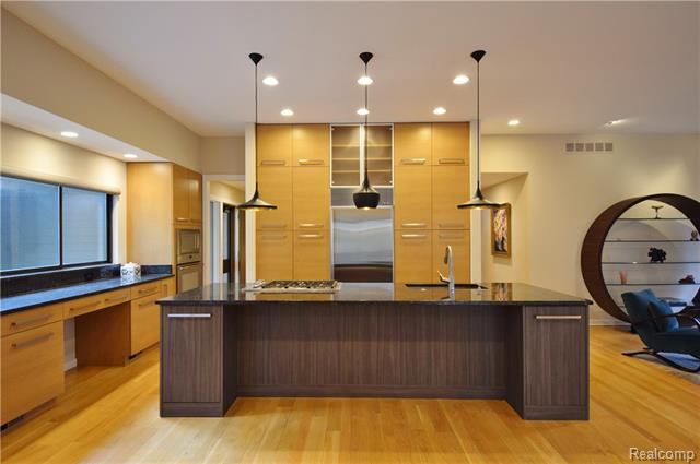 - Sophisticated kitchen
